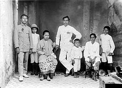 Orang Peranakan Wikipedia Bahasa Indonesia Ensiklopedia Bebas