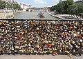 Cadenas mis en Seine (9377284309).jpg