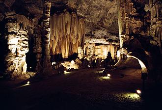 Cango Caves - Image: Cango Caves Oudtshoorn 1