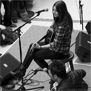 The Voice (U.S. season 3) - Image: Cassadee Pope at Southcentre