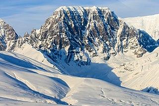 Castle Peak (Alaska)