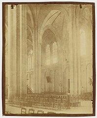 Photographie de l'intérieur de la cathédrale de Poitiers