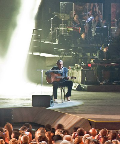 Rock Economy стало первым сольным концертом исполнителя за 18 лет. 9 октября 2012 года