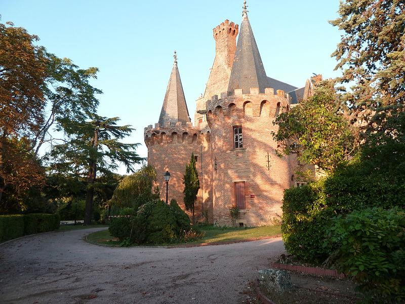 Entrée du Château de Brax (Haute-Garonne, France.