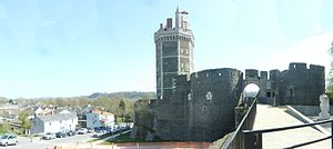 Oudon - Image: Chateau De Oudon 20120401