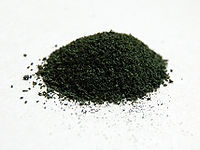 A sample of chromium(III) oxide