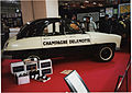 Citroen 2CV Champagne Delamotte (16413820808).jpg