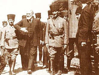 Claude Farrère - Claude Farrère supported the Turkish National Movement so he visited Atatürk (İzmit/18 June 1922)