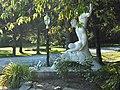 Curieuse sculpture - panoramio.jpg