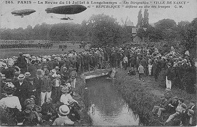 Défilé du 14 juillet hippodrome de Longchamp.jpg