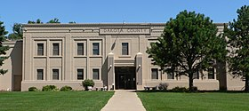 Dakota County Courthouse (Nebraska) 3 center.JPG