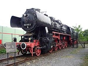 Lehrte - Image: Dampflok 052 Lehrte 245 h