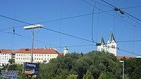 Dom zu Freising vom Bahnhof aus.jpg