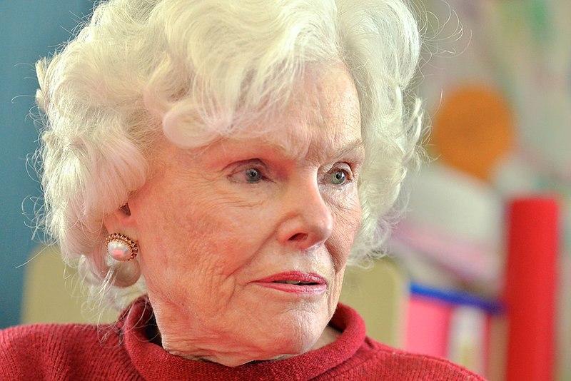 Doris Buffett visits Gladys P. Todd Academy students, mentors (23622779750).jpg