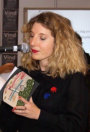 Dansk: Dy Plambeck, dansk forfatter. (Photo credit: Wikipedia)