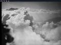 ETH-BIB-Muotatal im Wolkenmeer, Glärnisch v. W. aus 3000 m-Inlandflüge-LBS MH01-006342.tif