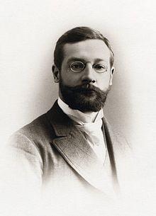 ادوارد تیچنر رویکرد ساختارگرایی را در روانشناسی پایه گذاری کرد