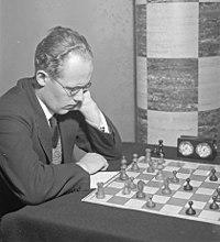 Eero Böök shakkimestari.jpg