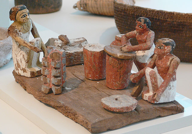 Egyptian cooks grinding, baking, and brewing grains (c. 21st – 19th century BC) - Ancient Egyptian Nutrition