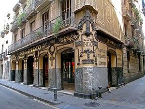 Carrer del Carme, Barcelona - The large traditional shop El Indio in Carrer del Carme.