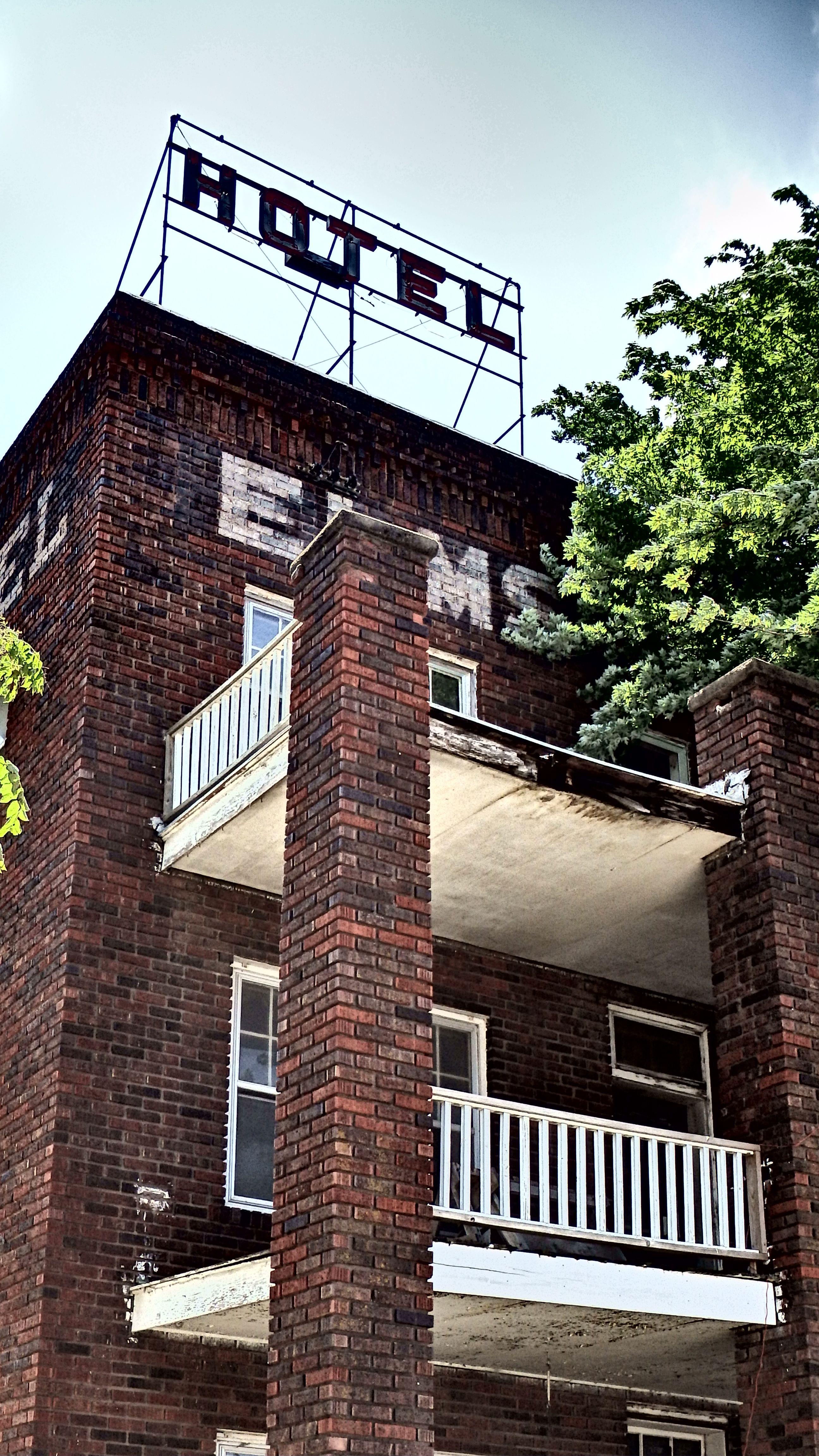 File Elms Hotel Close Up Abilene Ks 14177206808 Jpg