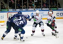 Enlund 2011-12-04 Amur-Sibir KHL-game.jpeg