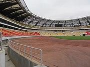 Estadio-11Nov-Luanda 03 linke-Seite-Bogen LWS-2011-08-NC 0991