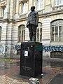 Estatua Carlos Lleras Res Bogotá octo 2018.jpg