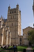 Exeter Cathedral (St. Peter) (15195330548).jpg