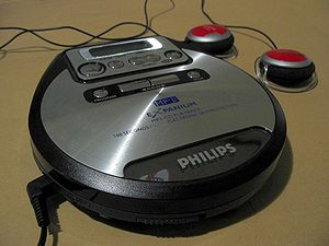 Portable media player - An MP3 CD player (Philips Expanium)