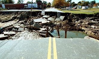 Tarboro, North Carolina - Image: FEMA 136 Photograph by Dave Gatley taken on 11 08 1999 in North Carolina