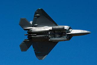 330px-F_22_raptor_bomb_bay_display_2014_Reno_Air_Races_photo_D_Ramey_Logan.jpg