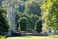 Façade nord-est (ruinée) du château de Mailloc (Saint-Julien-de-Mailloc, Calvados, France).jpg
