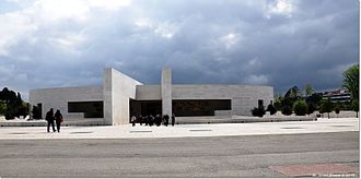 Basilica of the Holy Trinity (Fátima) - The austere, simple facade of the modernist Church and Minor Basilica of the Holy Trinity
