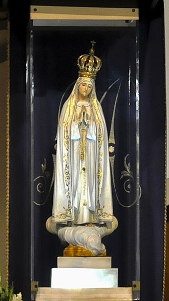First Saturdays Devotion - The original statue depicting Our Lady of Fátima in the Chapel of the Apparitions.