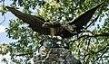 "Feistritz an der Gail, Doppelkopfadler am Denkmal ""Franzosenkämpfe 1809 - 1813) im Bezirk Hermagor, Kärnten.jpg"