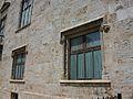 Finestres del primer pis del palau de la Generalitat Valenciana.JPG