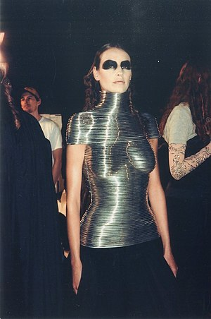 Metal corset - The Coiled Corset, Shaun Leane for Alexander McQueen, 1999.
