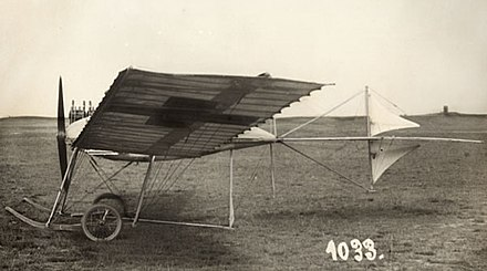 Fokker's first airplane, the Spin (Spider) (1910) Fokker Spin.jpg