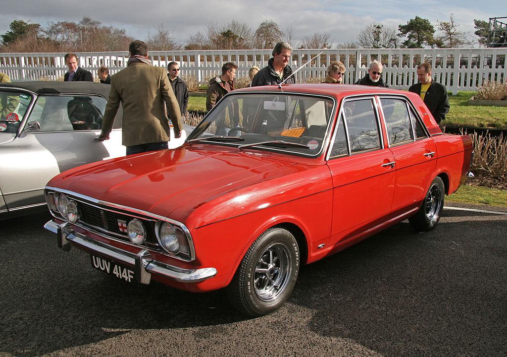 File:Ford Cortina MkII 1600E - Flickr - exfordy.jpg - Wikimedia ...