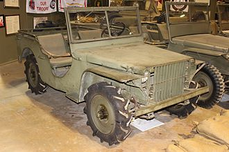 Front-engine, four-wheel-drive layout - Image: Ford Pygmy jeep pilot vehicle