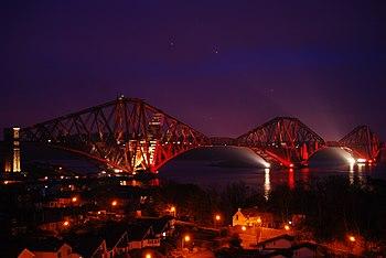 Forth Bridge de noche