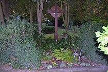 Friedhof Woltersdorf - Fidus-Grab 1.jpg