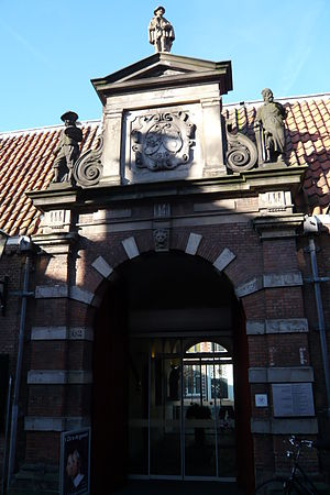 Frans Hals Museum - Front entrance of the Frans Hals Museum in Kleine Houtstraat
