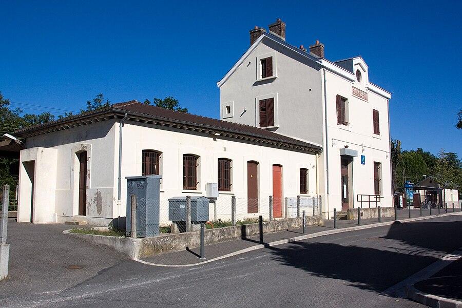 Bois-le-Roi station