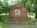 Gdańsk Cmentarz Garnizonowy - pomnik Naszym zmarłym.JPG