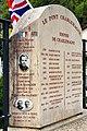 Gedenkstein Pont Charlemagne 01 10.jpg