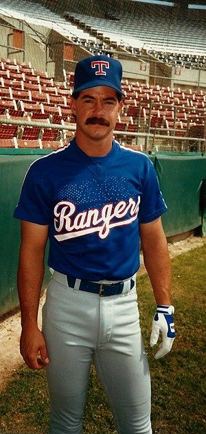Geno Petralli - Petralli as a Texas Ranger