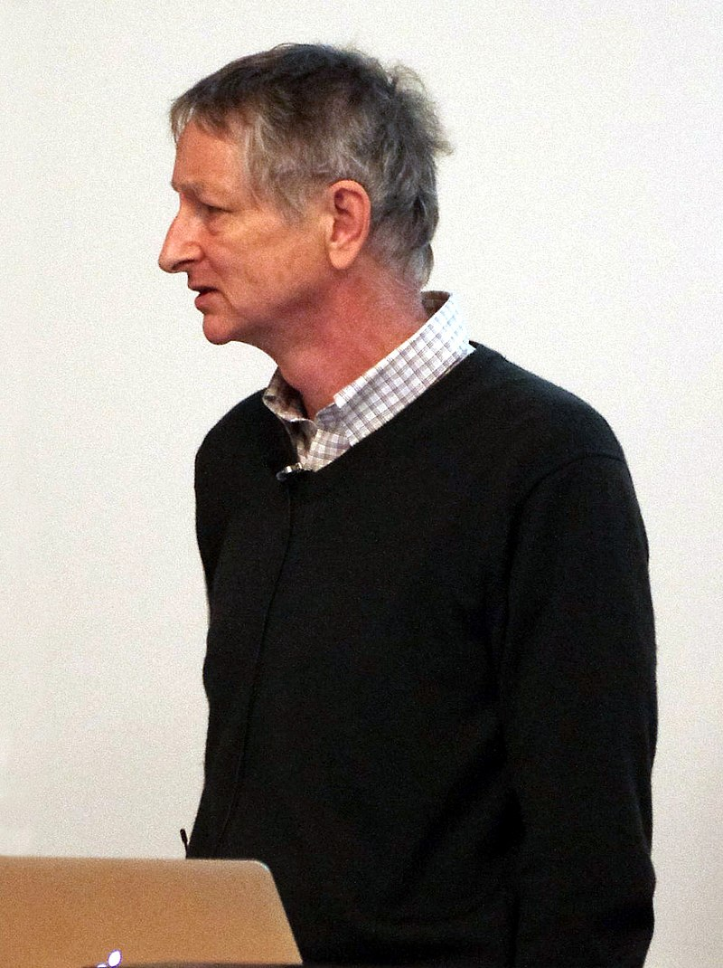 Geoffrey Hinton giving a lecture about deep neural networks at the University of British Columbia. He was one of the first researchers who demonstrated the use of generalized backpropagation algorithm for training multi-layer neural nets and is an important figure in the deep learning community. - By Eviatar Bach - Own work, CC BY-SA 3.0