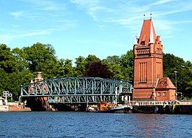 Hubbrücke (Lübeck)